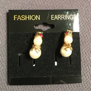 AVON vintage CLIP-ON Christmas Earring signed 🌟